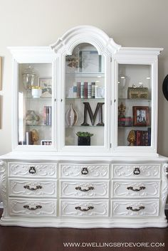 DIY: White hutch makeover  (Wanting something like this for my dinning room) Rustic Vintage Style