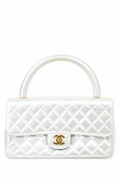 Quilted Chanel Bag in Pearl.