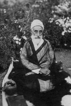 Munis 'Ali Shah (master of the Nimatullahi Order from 1922 to 1953)