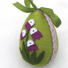 Wielkanoc już niedługo. Najwyższy czas na wielkanocne dekoracje. Zobacz więcej na KuferArt.pl Easter Projects, Diy Projects For Kids, Easter Crafts, Christmas Crafts, Crafts For Kids, Christmas Ornaments, Rope Art, Egg Art, Egg Decorating