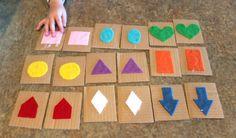 all things DIY: Kid Craft - toddler matching game. Diy Preschool Toys, Diy Montessori Toys, Daycare Crafts, Toddler Preschool, Diy Toys, Toddler Crafts, Preschool Activities, Diy For Kids, Crafts For Kids