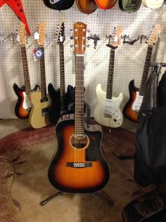 Fender Classic Design Cd-60Ce Sunburst Acoustic/Electric Guitar With Gig Bag