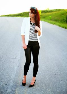 faux leather leggings #style #thefoleyfamblog #SundayFUNday