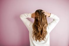 Our CBD oil can moisturize your hair and repair any damaged hair due to the 20 amino acids found in CBD oil. Read how over time, CBD can repair and protect damaged hair in this interesting article. Stop Hair Loss, Strong Hair, Hair Care Routine, Hair Photo, Damaged Hair, Long Hairstyles, Long Haircuts, Fall Hair, Hair Looks