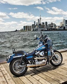 #cse @king_and_crown Views From The 6 - @fxrjeffy @king_and_crown - _ #harleydavidson #dynamitecrew #dynamite_crew #clubstyle #fxr #scumbagphotos #motorcycles #toronto #fxrt #fxrp #cntower #toronto #cityskyline #findyourfreedom #vtwin #vtwinvisionary Harley Dyna, Harley Davidson Dyna, Harley Davidson Motorcycles, Custom Motorcycles, Hd Dream, Dyna Club Style, Dyna Low Rider, Cafe Bike, Ultra Classic
