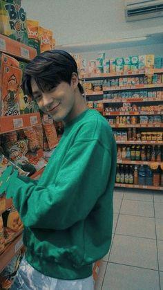 Supermarket with Jeno Nct Dream Jaemin, Lucas Nct, Jeno Nct, Na Jaemin, Kpop Aesthetic, Fine Men, Day6, Lee Min Ho, Boyfriend Material