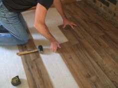 How to Lay Laminate Flooring in One Day: Stagger Your Planks