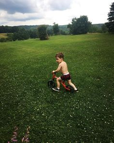 Out in nature on the fresh grass. ---Kids   Outdoor activities   Parenting   Toys   Balance Bike   Y velo   Yvolution   Mother   Toddler