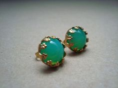Great for St. Pattys day!! green opal crown studs by girlsewcute on Etsy