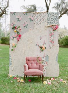 23 Awesome DIY Photo Booth Backdrop Ideas | Photobooths.com