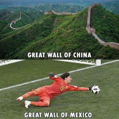 ideas sport memes so true Funny Football Memes, Sports Memes, Funny Memes, Sports Fails, Hilarious, Funny Sports, Funny Fails, Soccer Workouts, Soccer Tips
