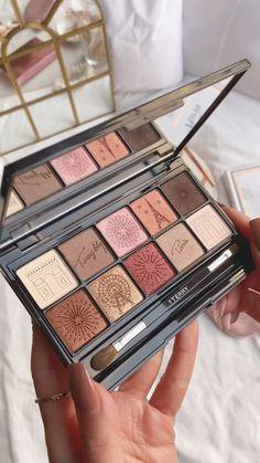 Makeup Eyeshadow Palette, Makeup Dupes, Makeup Brands, Makeup Kit, Skin Makeup, Makeup Cosmetics, Peach Makeup, Love Makeup, Beauty Makeup