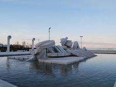 Pescara - La Nave (scultura di Pietro Cascella)