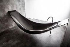 Hammock-Style Bathtub by Splinter Works | Webflakes