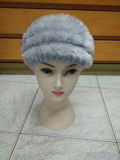 Cappello in lana merino e simil pelliccia di Tricottando su Etsy