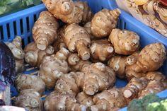 Cukorbetegek is fogyaszthatják! Garden Park, Organic Gardening, Cake Recipes, Stuffed Mushrooms, Vegetables, Eat, Parks, Gardens, Disney