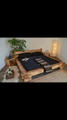 Holzbett massiv rustikal  Bett Doppelbett Balken Bett Kiefer Fichte massiv Altholz gewachst ...