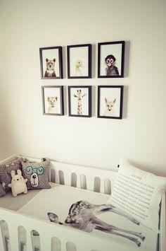 Chambre bébé design scandinave tipi tente indien animal bois tableau ferm living banderole guirlande lampe tapis lit barreaux draps ours lapin girafe lion coussin doudoune