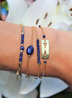 Bracelet double triangles laiton & perles de Lapis Lazuli bleu roi, bijou personnalisable, boho, ethnique chic, fin, : Bracelet par myo-jewel