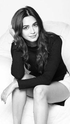 Top 10 Hot & Spicy Photo's of Kriti Kharbanda - Hot and Sexy pics Bollywood Actress Hot Photos, Bollywood Girls, Most Beautiful Indian Actress, Beautiful Actresses, Hot Actresses, Indian Actresses, Kirti Kharbanda, India Beauty, Indian Girls
