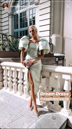 Wedding Maria G de Jaime and Tomas Páramo: The dress of Teresa Andrés Gónzalvo Evening Dresses, Prom Dresses, Formal Dresses, Mode Style, Dream Dress, Look Fashion, Dress To Impress, Designer, Ideias Fashion