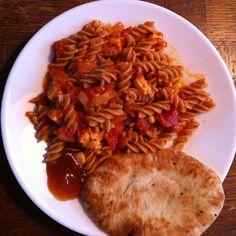 Pittige haloumi met pasta