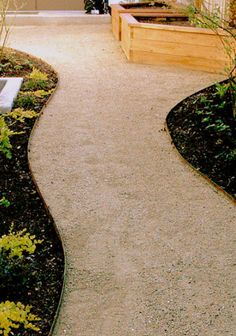 #Affordable_Landscape_&_Design #Affordable_Landscape_Maintenance $4.00 Price per Ft. Your choice of green Or brown steel edging. Outdoor Landscaping, Front Yard Landscaping, Outdoor Gardens, Landscaping Ideas, Florida Landscaping, Inexpensive Landscaping, Country Landscaping, Landscaping Plants, Patio Edging