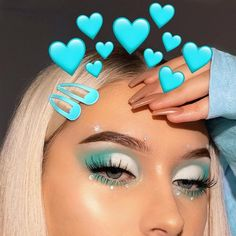makeup dp pic makeup like deepika padukone makeup mask makeup trends 2020 makeup glam makeup will not stay on much is clinique eye makeup remover makeup no eyeliner Makeup Eye Looks, Eye Makeup Art, Cute Makeup, Glam Makeup, Skin Makeup, Eyeshadow Makeup, Blue Eyeshadow, Beauty Makeup, Huda Beauty