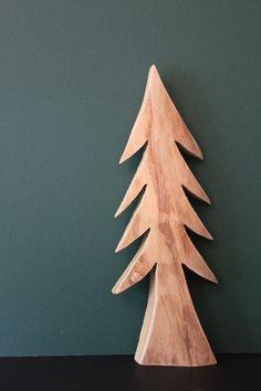 Deko-Objekte - Tanne aus Holz, Deko Baum aus Robinie, klein - ein Designerstück von BerndHerbert bei DaWanda