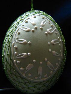 Drátované kraslice Egg Decorating, Easter Eggs, Wire, Desserts, Beautiful, Eggs, Tailgate Desserts, Deserts, Postres