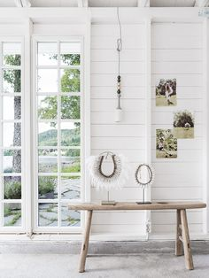 Made In Persbo: Norges vackraste båthus Le Hangar, Back To Nature, Shabby Chic, Deco Boheme, Scandinavian Interior Design, Exposed Wood, Interior Stylist, Nature Decor, White Houses