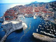 Dubrovnik is an amazingly intact walled city on the Adriatic Sea coast in the south of Croatia. Discover the best attractions and things to do in Dubrovnik. Places In Europe, Places Around The World, Places To Travel, Travel Destinations, Dream Vacations, Vacation Spots, European Vacation, Destination Voyage, Slovenia