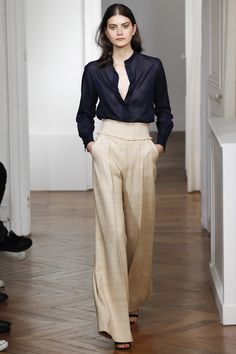 Wide-legged trousers are back! Martin Grant Spring 2016 Ready-to-Wear Collection Photos - Vogue