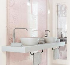 koupelny koupelny elegantn retro styl pinterest italienische fliesen fliesen online. Black Bedroom Furniture Sets. Home Design Ideas