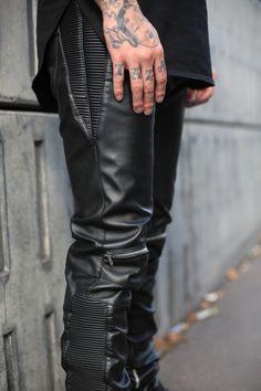Sick Streetwear Best online shop for streetwear: WWW.PASAR-PASAR.COM