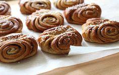 pikku murusia: Korvapuustit Doughnut, Almond, Muffin, Cookies, Breakfast, Party, Desserts, Tuli, Food