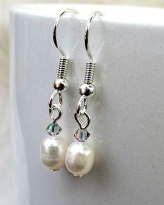 Pearl and Crystal Bracelet Set Simple Pearl by SaltwaterDaydreams