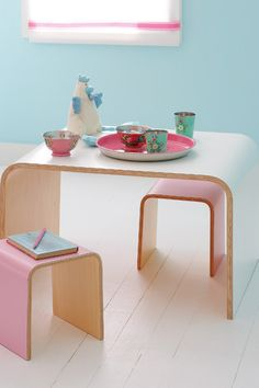 the boo and the boy: table and chairs for kids...