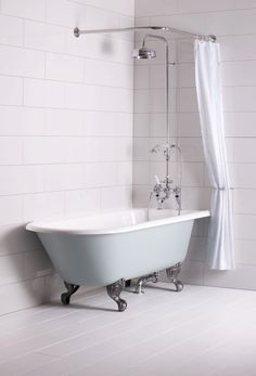 Shower Over Bath Nz Free Standing Tub Combo Freestanding Bathtub - Baignoire Shower Over Bath, Tub Shower Combo, Bathtub Shower, Bath Tub, Clawfoot Tubs, Shower Rail, Bad Inspiration, Bathroom Inspiration, Freestanding Bath With Shower