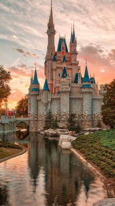 Wallpaper iphone disney castle wallpapers New ideas Disney World Fotos, Disney World Pictures, Walt Disney World, Disney World Castle, Disney Castles, Disney Kunst, Disney Art, Disney Ideas, Disney Phone Wallpaper