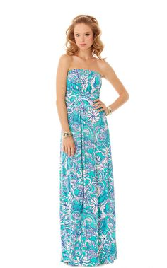 FINAL SALE! When you're wondering what to wear, just throw on a colorful maxi dress like the Holbrook Dress. This paisley print dress is a strapless maxi with the lines you love from your other Lilly maxi dresses. It's a homerun.