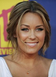 lauren conrad <3 LOVE this make-up look! Loose hair looks cool too