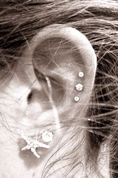 I'm getting this on my sweet sixteen this year. :)