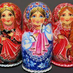 I'm offering a discount! Russian Babushka, Matryoshka Doll, Gourds, Pet Portraits, Folk Art, Craft Ideas, Hand Painted, Dolls, Handmade Gifts