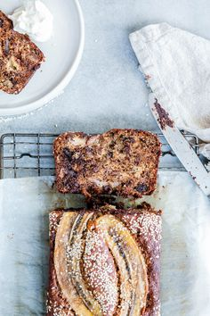 Tahini, Walnut & Dark Chocolate Banana Bread - The Brick Kitchen. add orange zest ina says Breakfast Dessert, Breakfast Time, Breakfast Ideas, Chocolate Banana Bread, Think Food, Gluten Free Chocolate, Almond Recipes, Dessert Recipes, Desserts