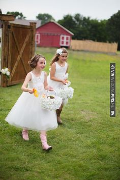 flower girls with cowboy boots. See more of this country wedding here | CHECK OUT MORE IDEAS AT WEDDINGPINS.NET | #weddings #flowergirls #ringbearers