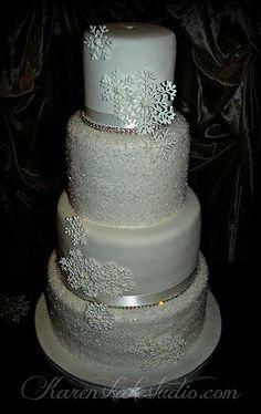 #Crystal #Winter #Wedding #Cake with snowflakes ...Wedding Inspirations  ........ #budget #wedding #ideas #app ........ https://itunes.apple.com/us/app/the-gold-wedding-planner/id498112599?ls=1=8