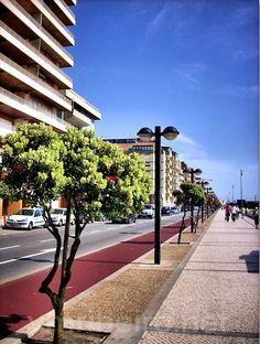 PÓVOA DE VARZIM (Portugal): Avenida dos Banhos.