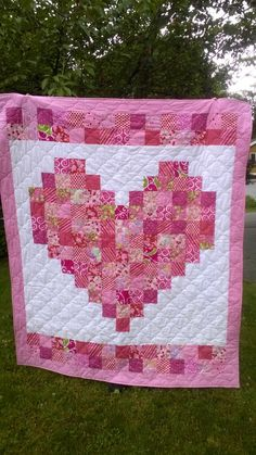 Click to view large image Cute Quilts, Scrappy Quilts, Easy Quilts, Bargello Quilts, Heart Quilt Pattern, Baby Quilt Patterns, Baby Girl Quilts, Girls Quilts, Quilting Projects