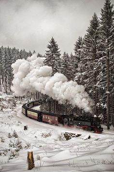 -ốc- Snow Train, The Black Forest, Germany.-ốc-Snow Train, The Black Forest, Germany. Snow Scenes, Winter Scenes, Winter Wonderland, Black Forest Germany, Snowy Day, Train Travel, Winter Time, Winter Snow, Paris Winter